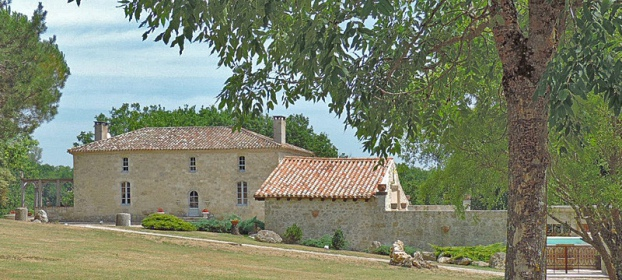 Beautiful atypical property in dominant position Lot-et-Garonne