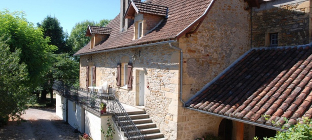 Close to Figeac, typical restored house perfectly maintained