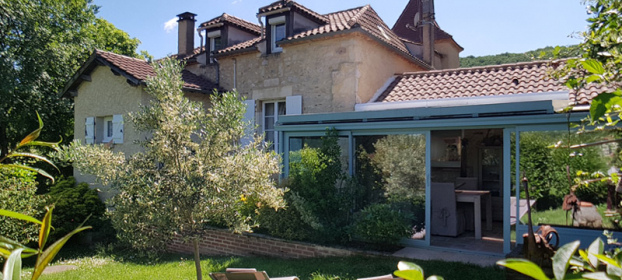 Beautiful Quercynoise with 5 bedrooms, 1 gîte, shops whitin walking distanc