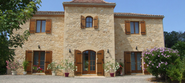 Lot en Bouriane, recently built stone house of character.