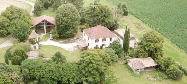 Manor house with outbuildings on 5.9ha with views in Quercy Blanc