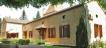 Maison de charme, au calme, avec 5 chambres sur environ 7,6 ha de terrain.
