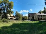Ancien moulin restauré avec parc paysager, joli terrain arboré.