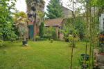 Cahors, en ville, rue calme, maison 1906 Belle époque avec jardin,