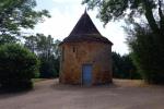 Lot en Bouriane, maison contemporaine et vestige d'un prieuré du XVIème