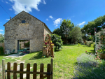 Lot, stone country house with garden and outbuilding